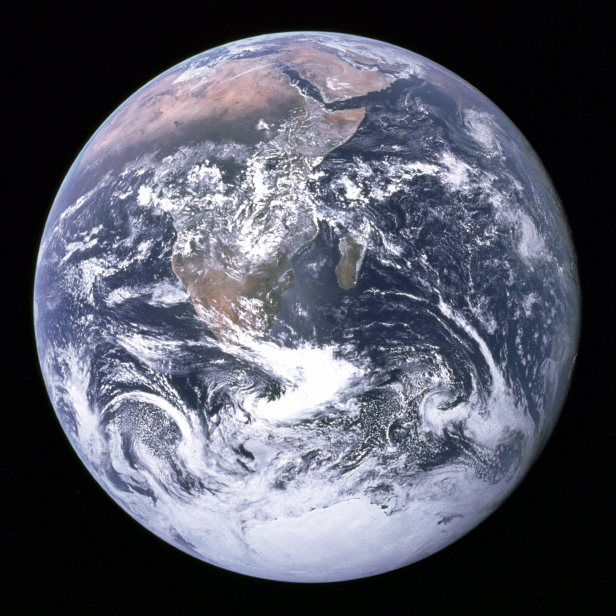 Apollo 17 blue marble