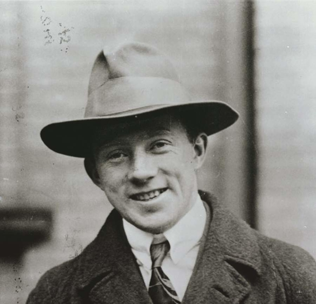 Heroes of Space: Werner Heisenberg